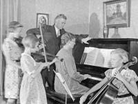 LDW family band C.1929.jpg
